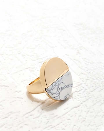 Picture of Stone Moon Ring